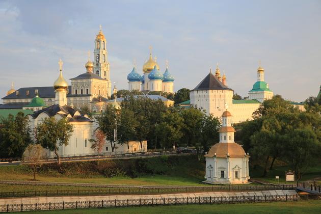 Самые живописные монастыри России