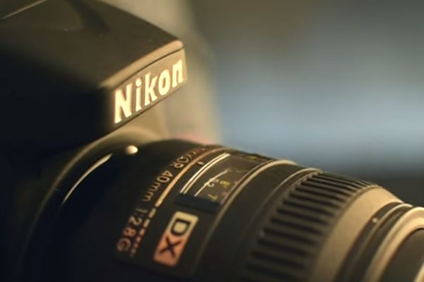 Видеообзор объектива Nikon AF-S DX Micro Nikkor 40mm f/2.8G