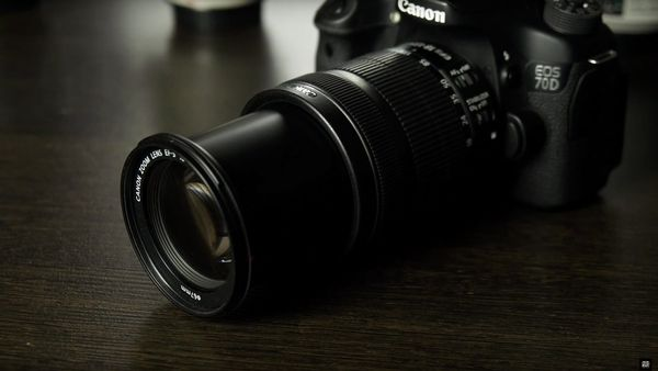 Видеообзор объектива Canon EF‐S 18‐135mm f/3.5‐5.6 IS STM