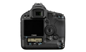Зеркальная камера Canon EOS-1Ds Mark III