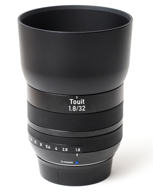 Объектив Zeiss Touit 1.8/32 E-Mount